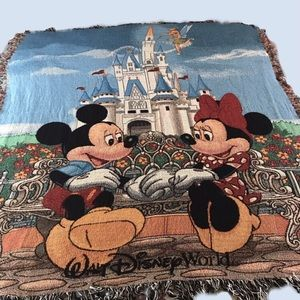 Mickey & Minnie Mouse Blanket/Tapestry